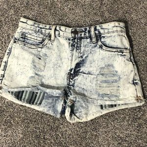 Forever 21 cut off shorts